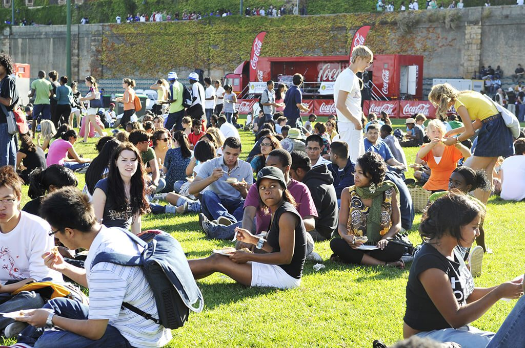 Students at a UCT Braai, UCT ELC