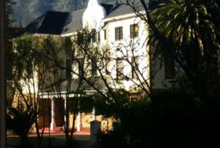 Rosedale Building with Table Mountain in the Background