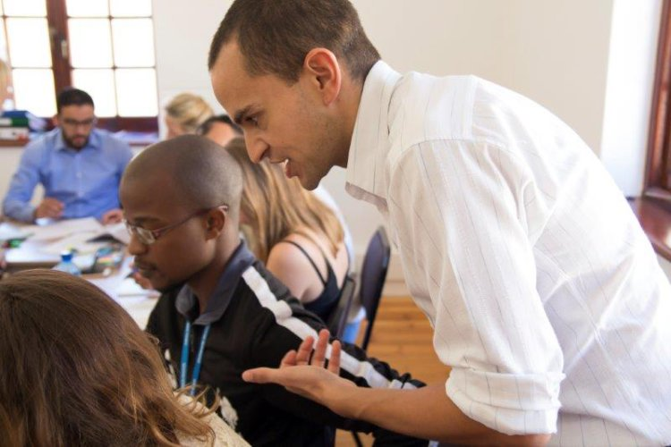 Alex | UCT English Language Centre | Reading Strategies
