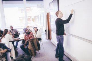 Voyager et apprendre l'anglais