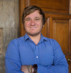 Luke Arnold UCT English language Centre Los miembros del personal y profesores