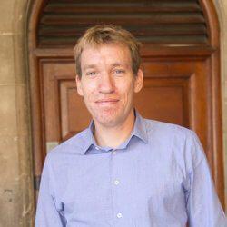 Simon Harrison UCT English Language Cenre Les membres du personnel